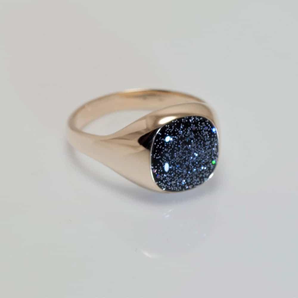 Crystallure Signet Ring - Gold & Black