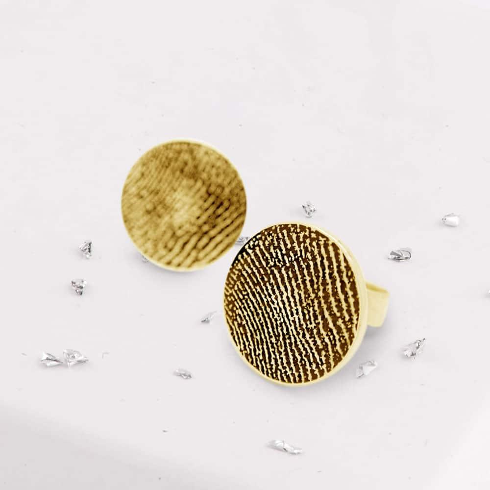 Fingerprint Round Studs