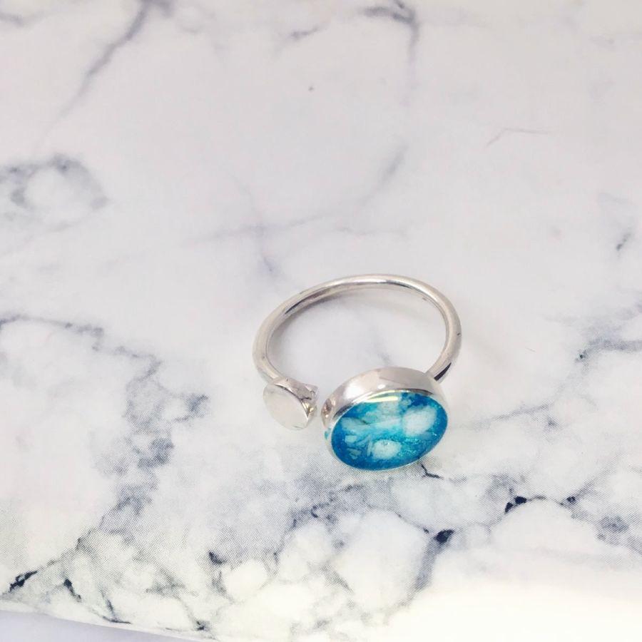 Circle Adjustable Memorial Ashes Ring