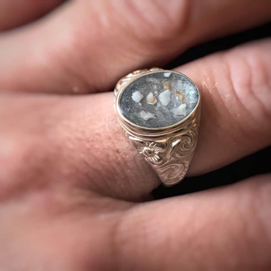 Embossed Men's Memorial Ashes Ring
