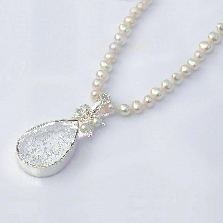 Silver Faceted Teardrop Pendant 20x25 mm, freshwater pearls/black onyx