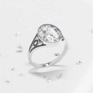 Crystarosin Inlaid Oval Ring, Ashes or Hair